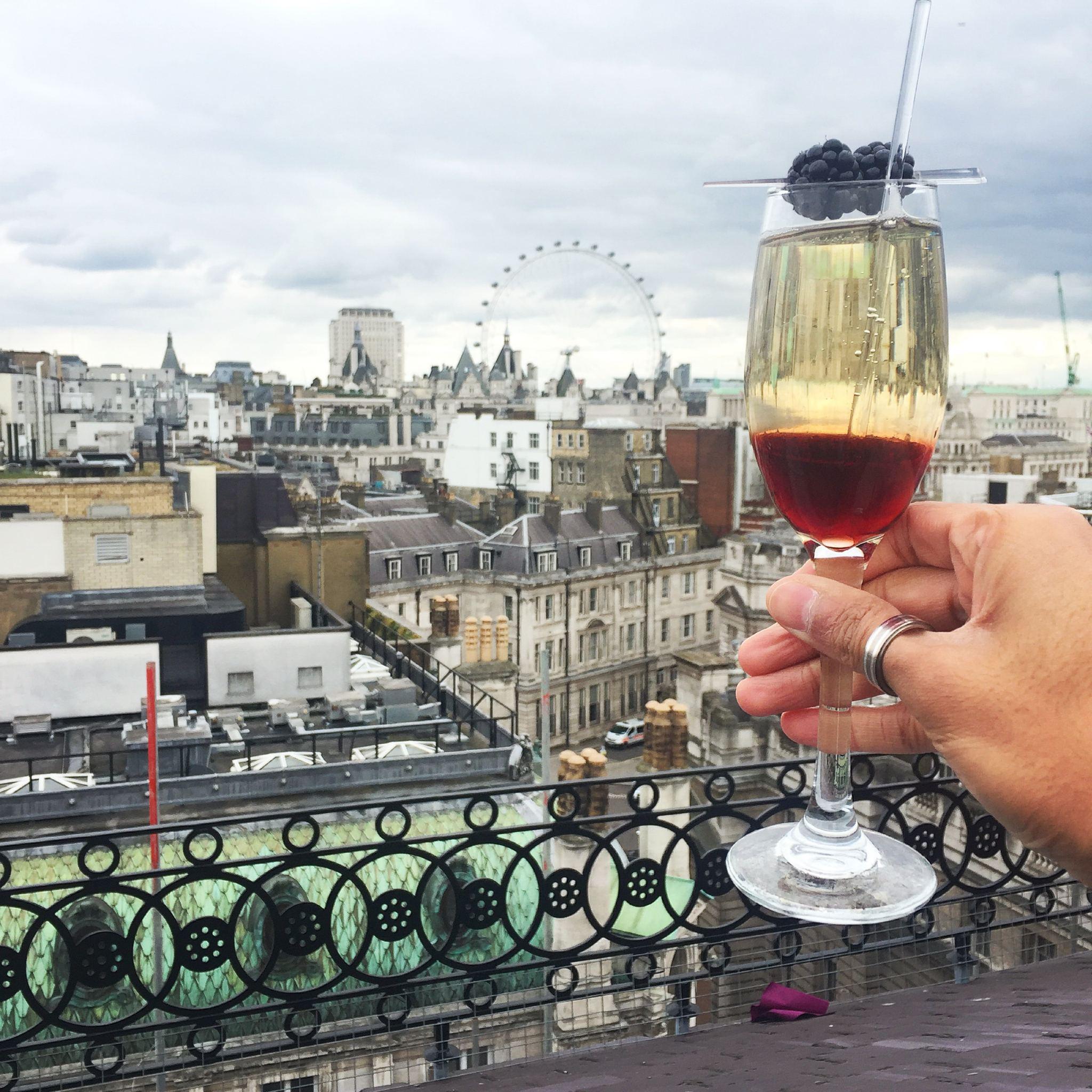 Vista Rooftop Bar, London