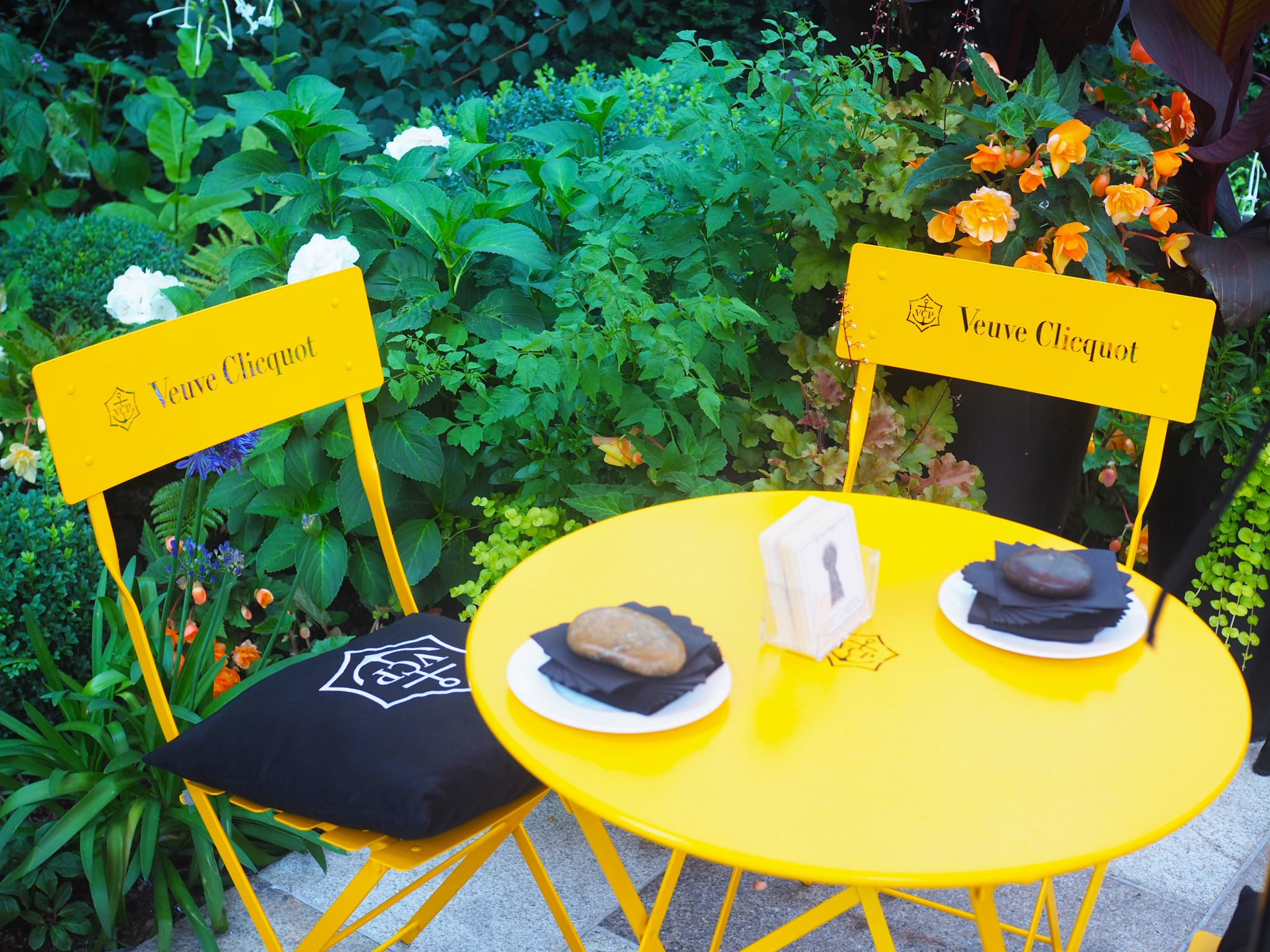 Veuve Clicquot Secret Garden, Four Seasons Park Lane