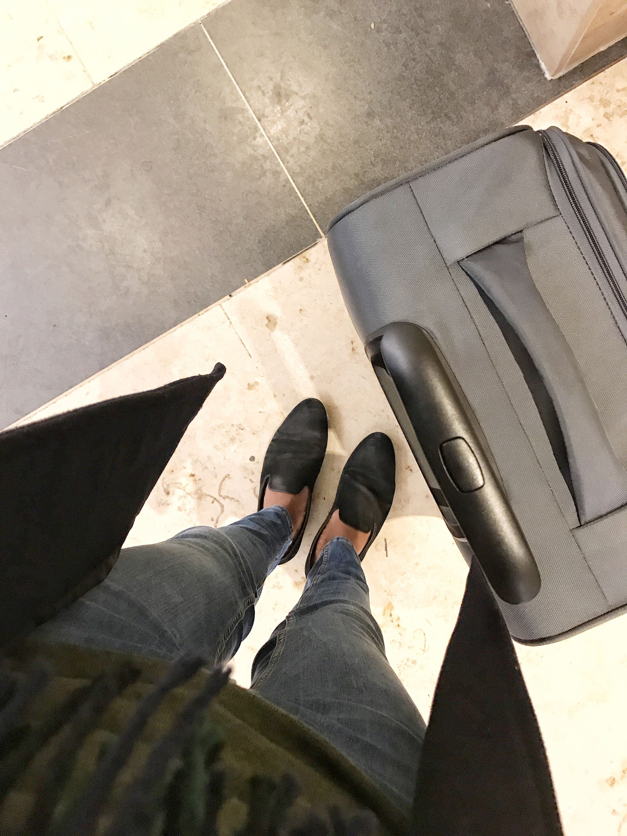 Missing Flight - Travel Blogger
