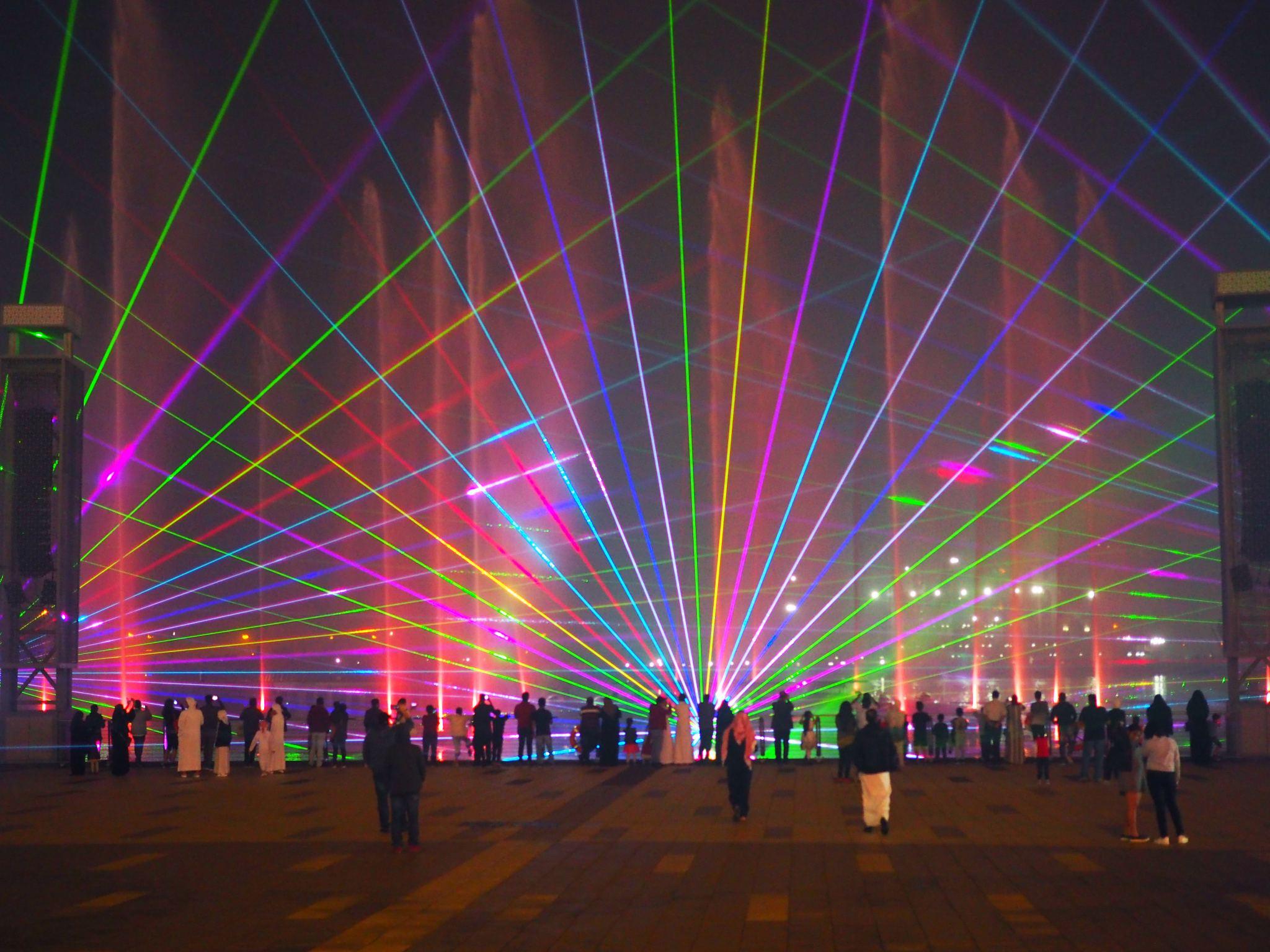 Dubai Imagine Light Show