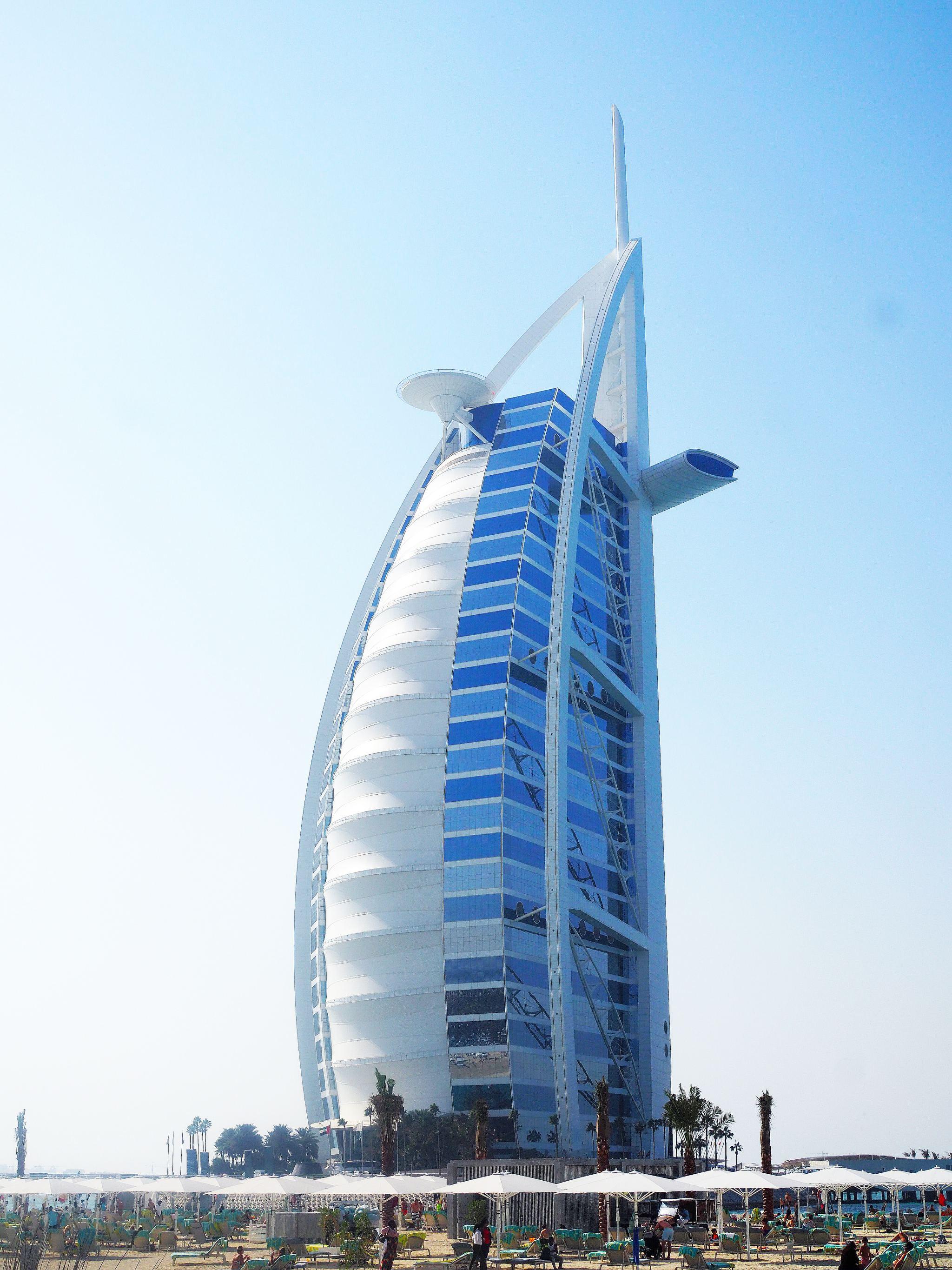 Burj Al Arab - Dubai's 7-star Hotel
