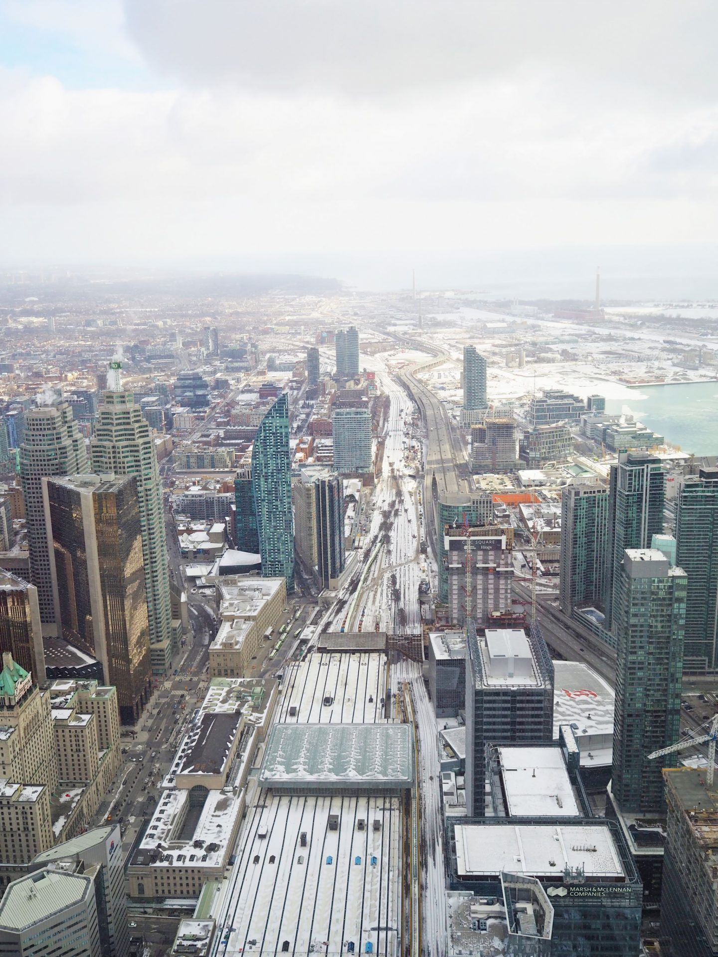 CN tower in Toronto winter