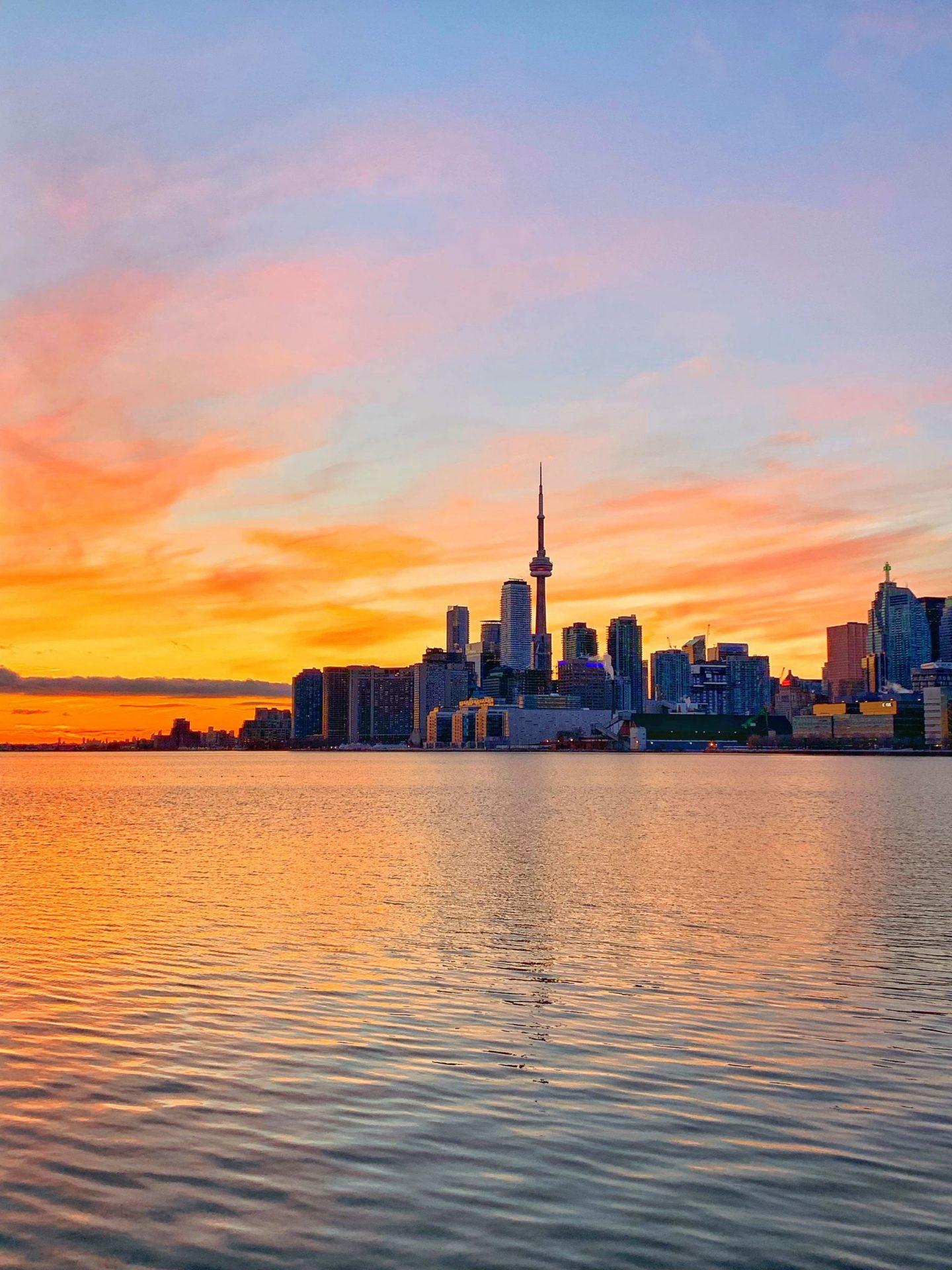 Toronto winter sunset