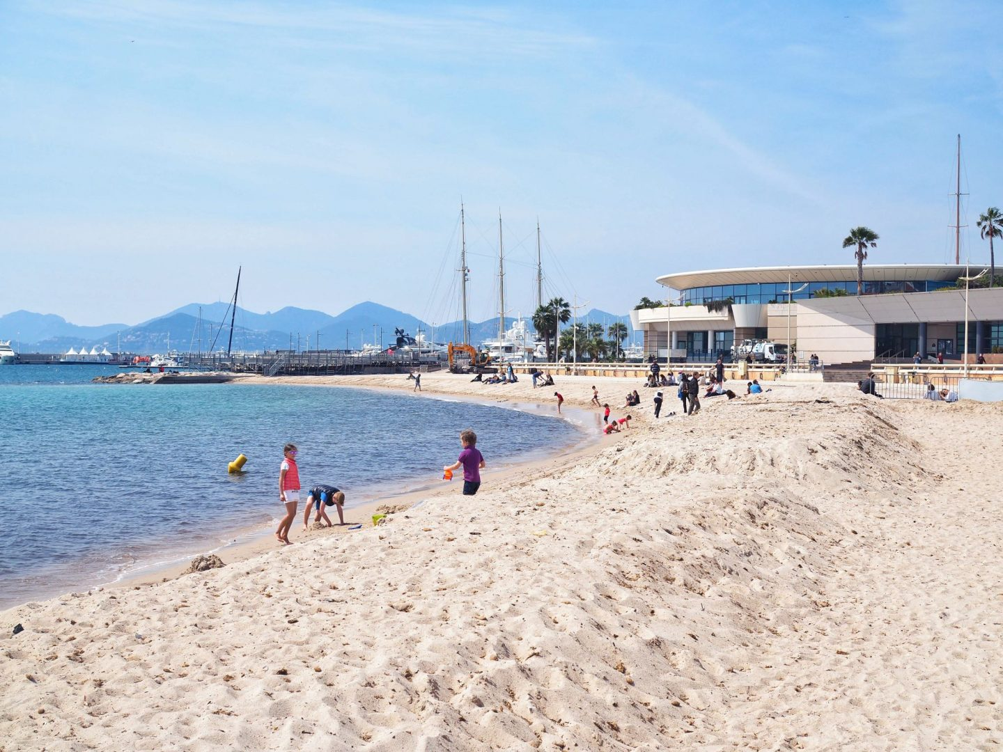 Le Majestic Cannes Private Beach