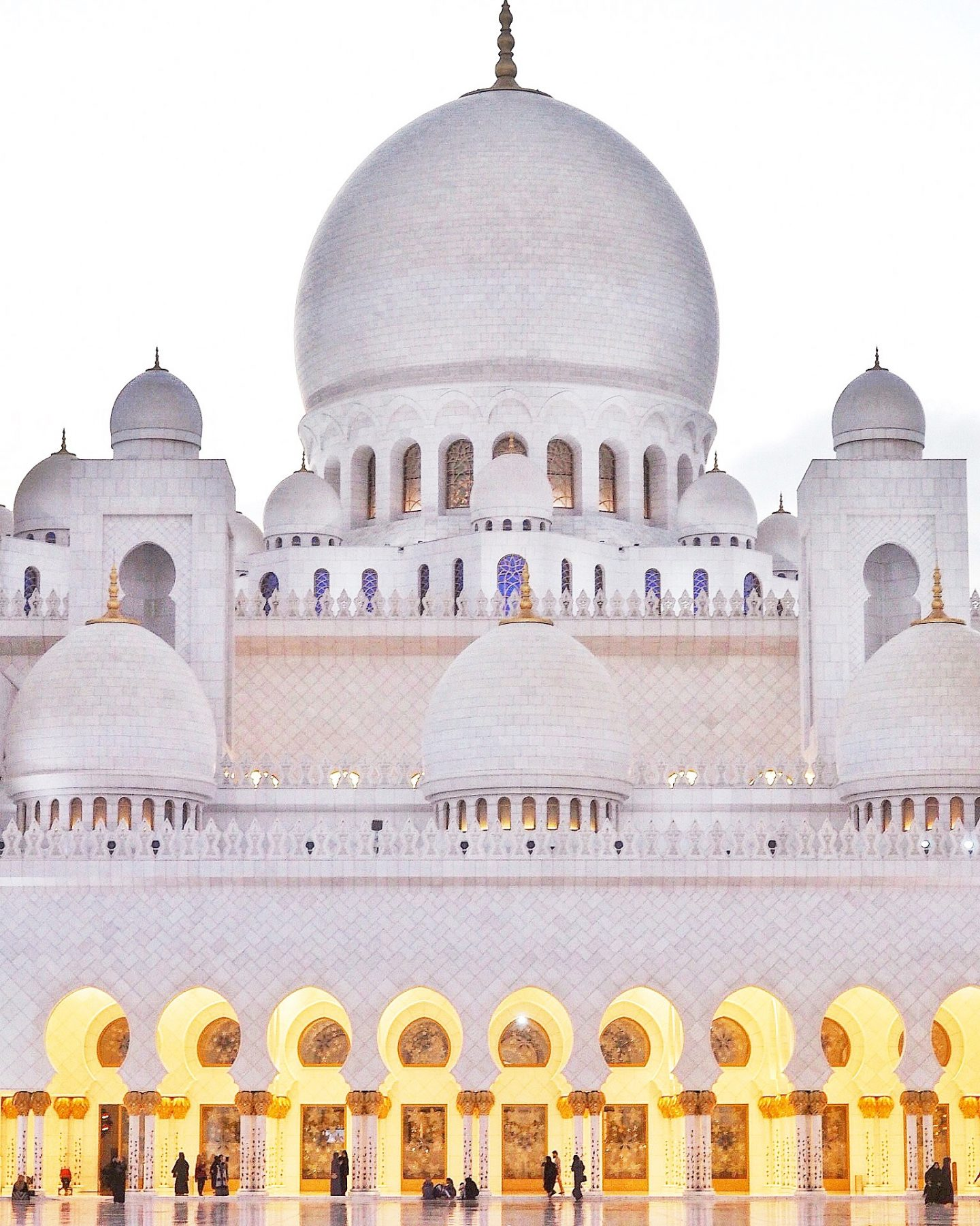 Sheik Zayed Mosque, Abu Dhabi Landmark