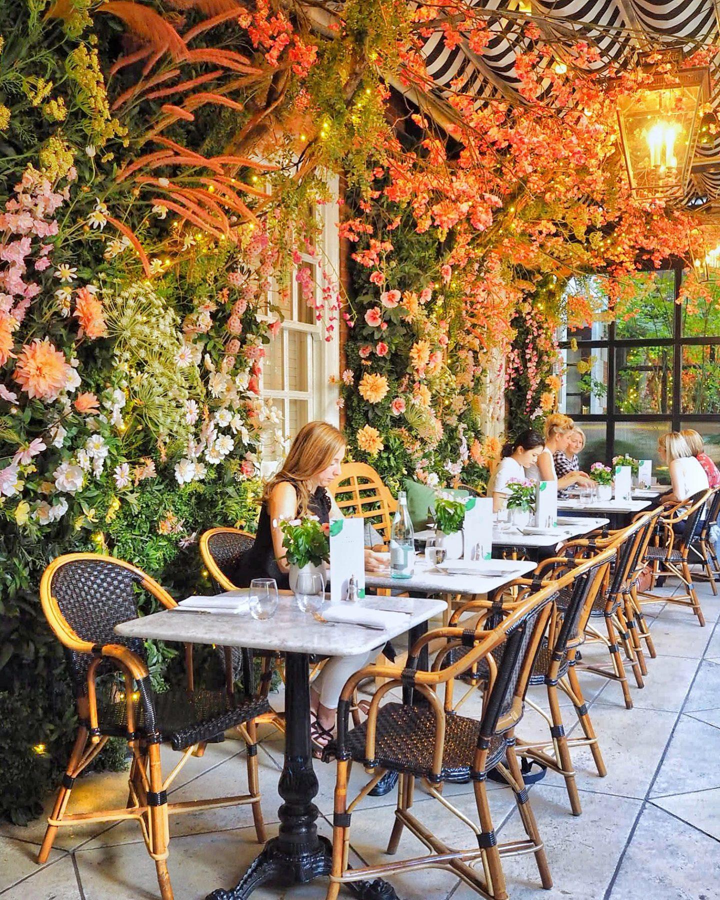 Dalloway Terrace - English Summer