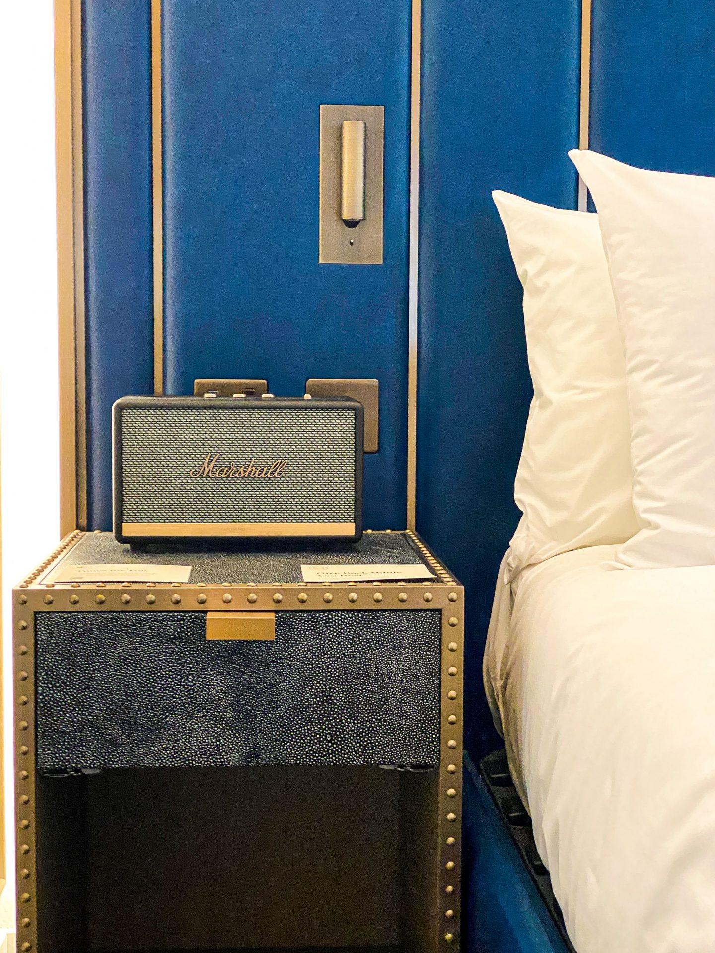 Marshall Speaker in room